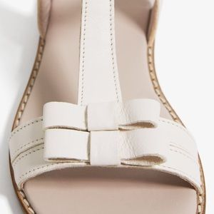 Zara Shoes - Zara leather sandals with bow